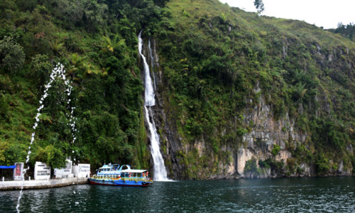 situmurun waterfall toba samosir