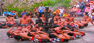 kecak dance uluwatu sunset tour