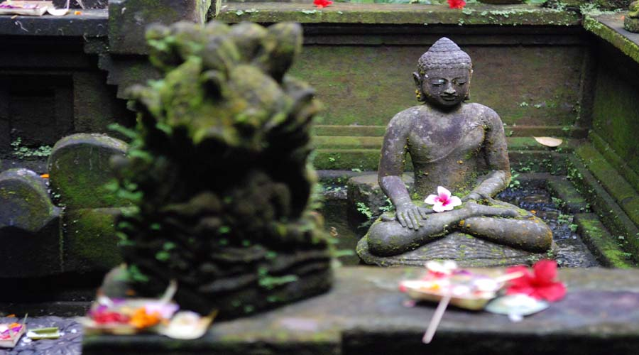 bali stone carving - balinese statue
