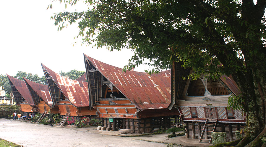 batak traditional house